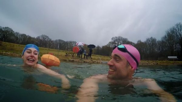 Can cold water swimming treat depression